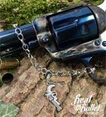 Real Bullet Design Bettelanhänger Revolver